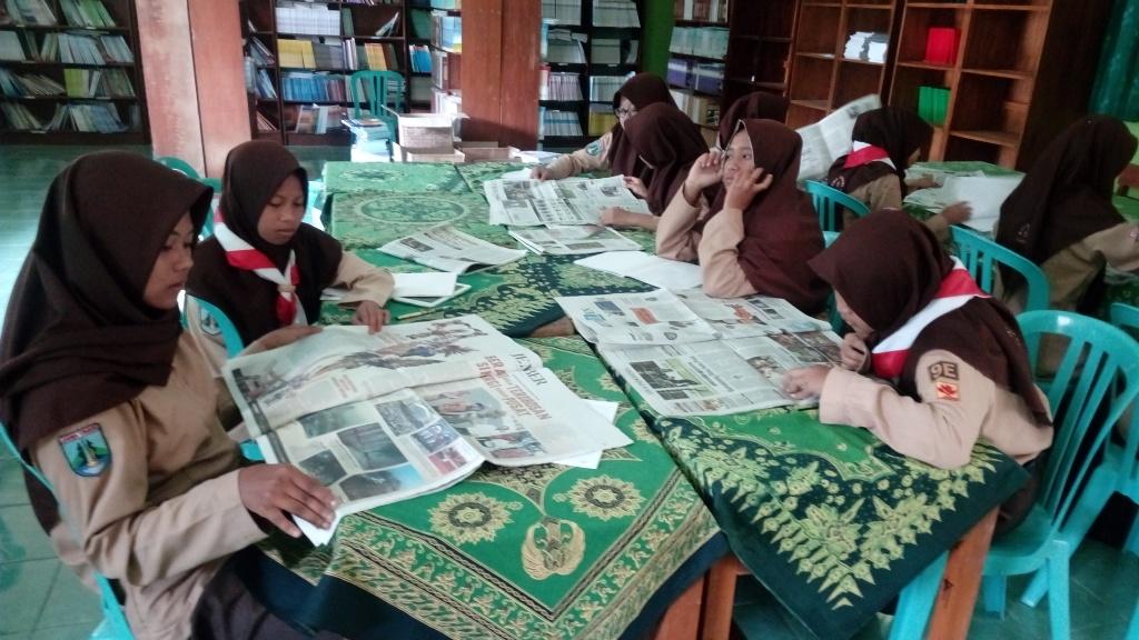 Literasi siswa di perpustakaan SMAGAS